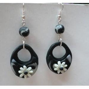 Náušnice FIMO kruhy květ černobílé Black and White