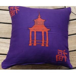 Povlak na polštář, textilní ručně malovaný dekorační polštářek 34 x 34cm japonský motiv Pagoda